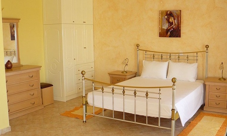 Rent a Villa in Greece 11