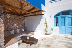 Santorini Villas For Rent 03