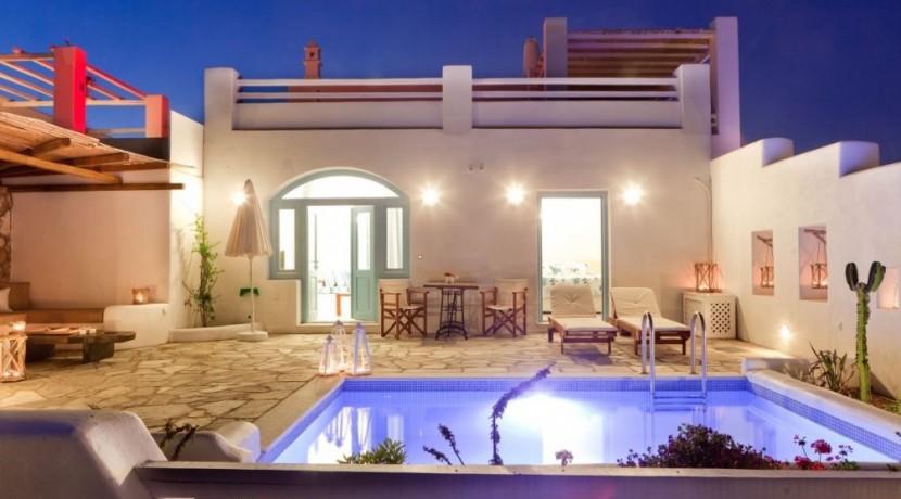 Santorini Villas For Rent 04