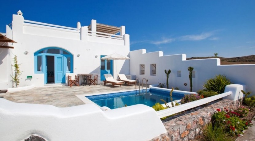 Santorini Villas For Rent 05