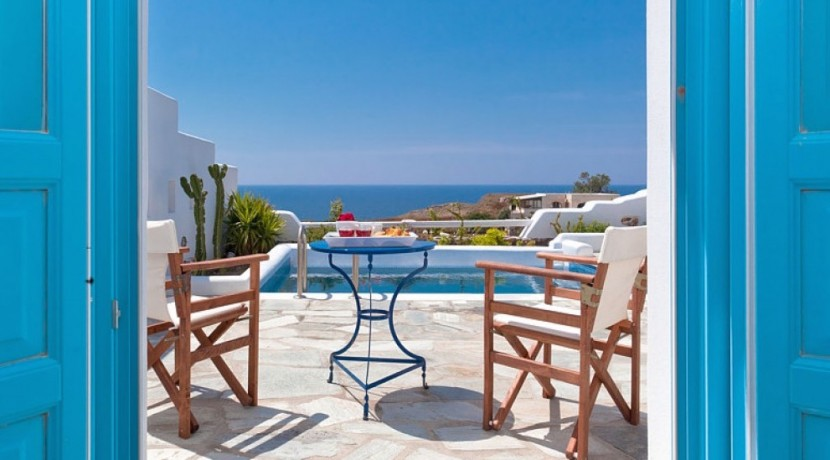 Santorini Villas For Rent 06