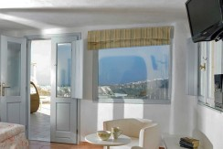 Suites for Rent at Caldera Santorini 05