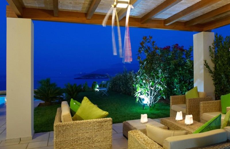 Villas for rent in Crete, with large pool