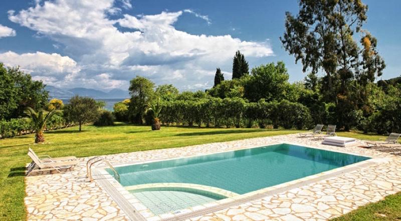 Villa by the sea corfu 02