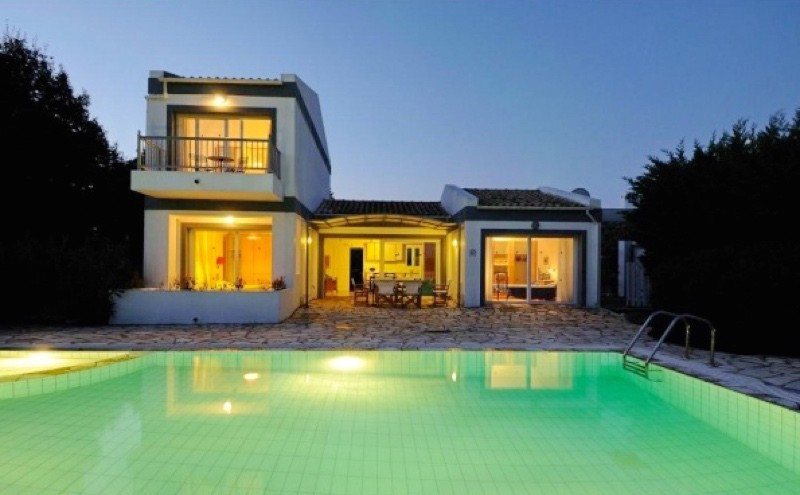 villa for rent in Corfu