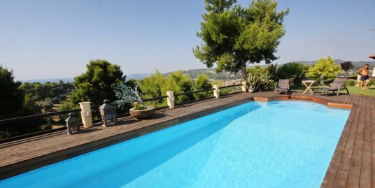 Villa with Pool Kassandra Halkidiki