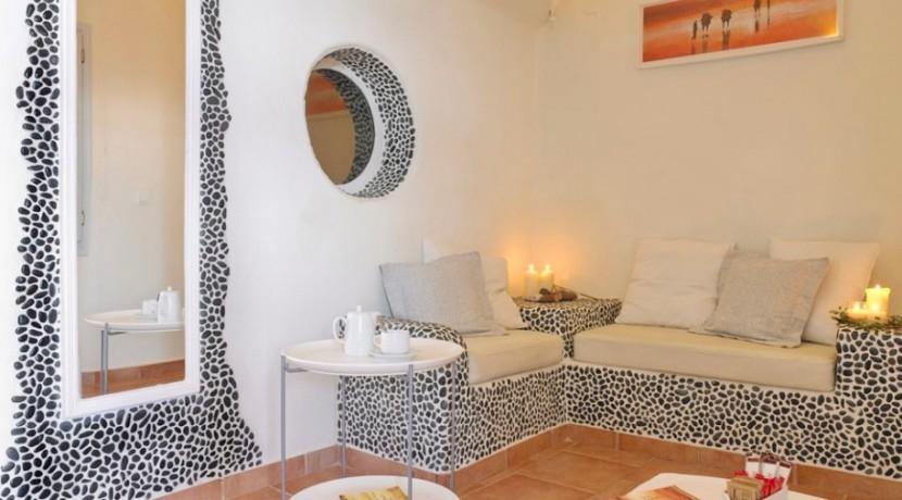 maisonette suite for rent santorini 02