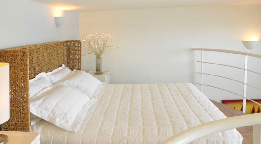 maisonette suite for rent santorini 04