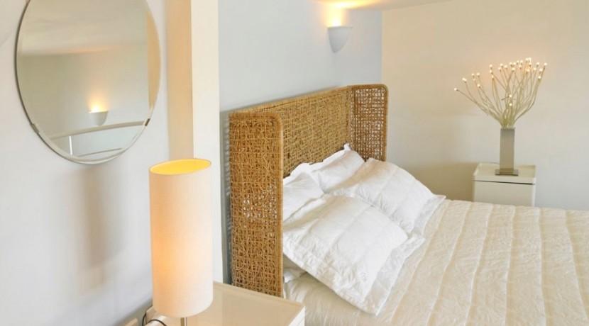 maisonette suite for rent santorini 05