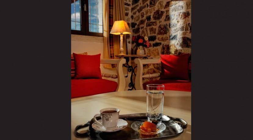 rent villa crete greece 01