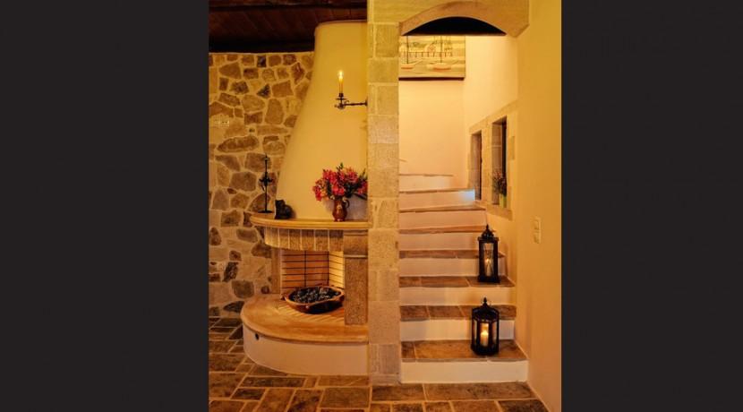 rent villa crete greece 02