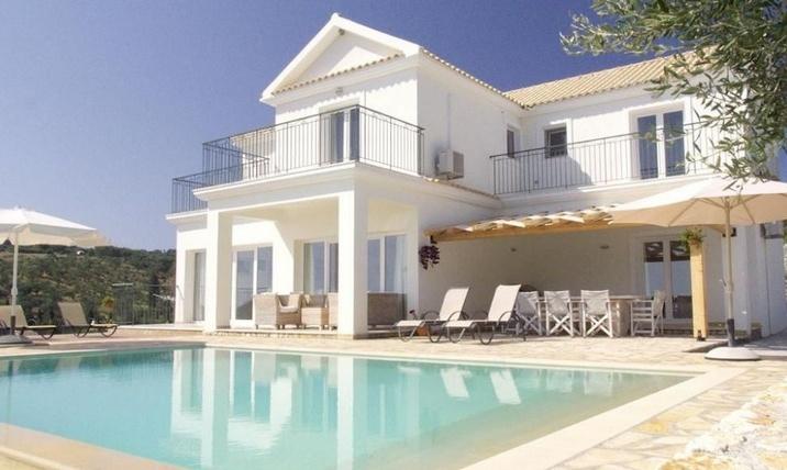 Villa in Corfu for Sale