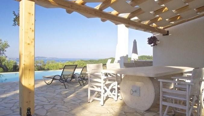 villa for sale at corfu greece 06