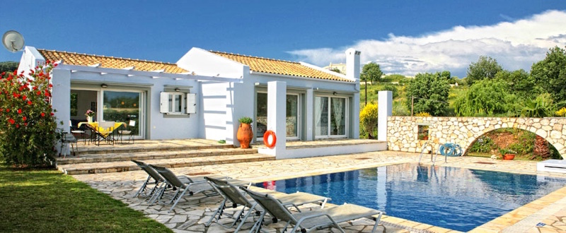 Corfu, rental villa close to the beach