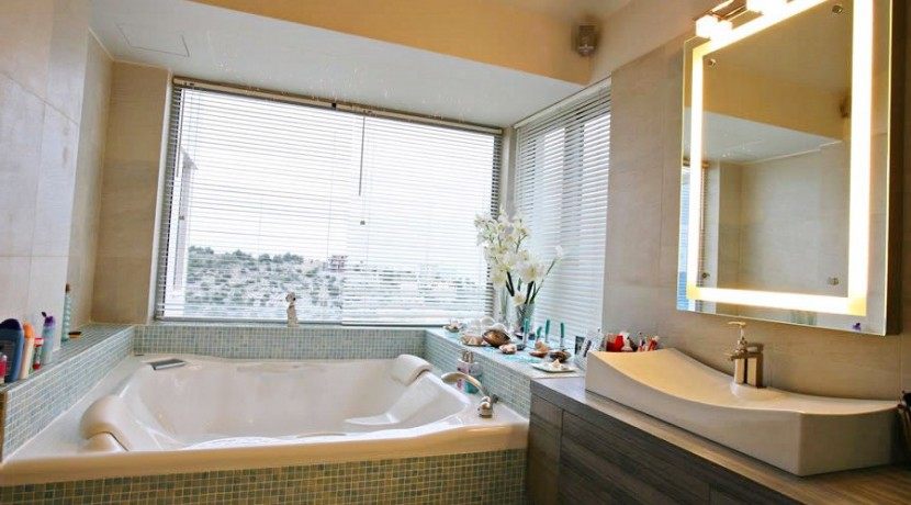 Luxury Villa South Attica 08