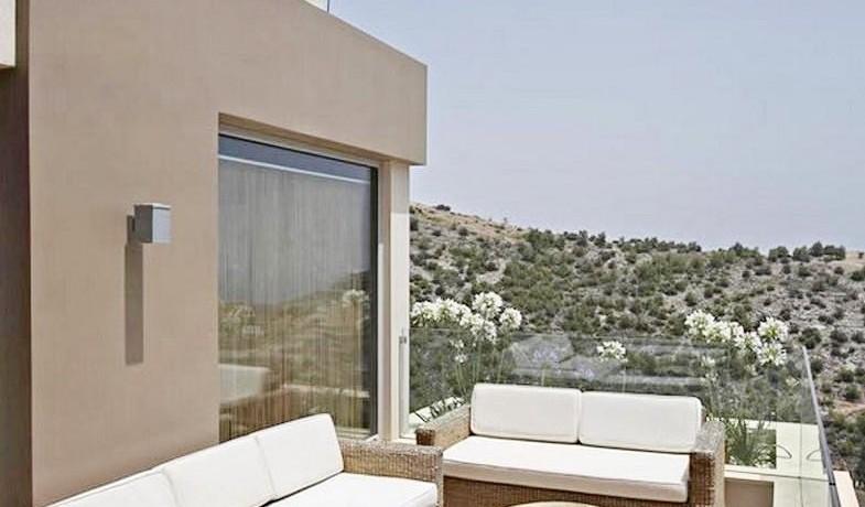 Luxury Villa South Attica 18