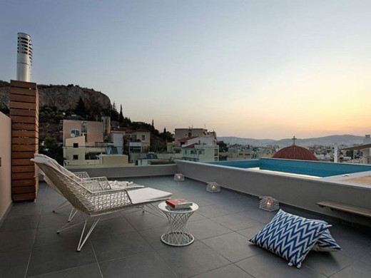 Maisonette With Roof Top Pool 4