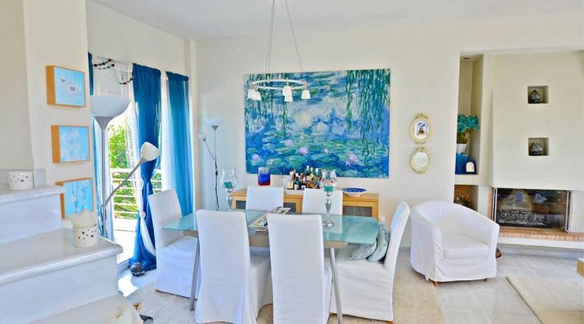 Seafront Villa LAgonisi 12
