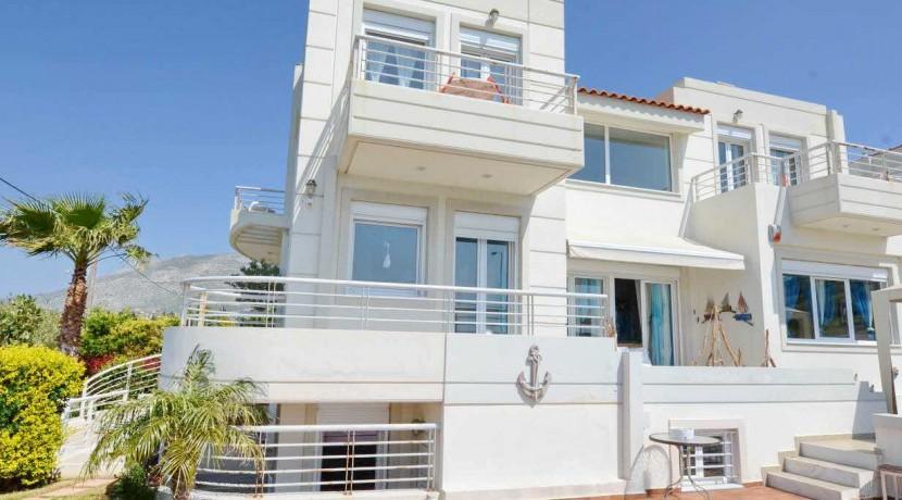 Seafront Villa LAgonisi 26