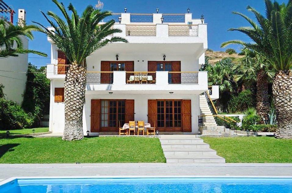 Villa with Big Pool And Sea Views at Lagonisi Attica