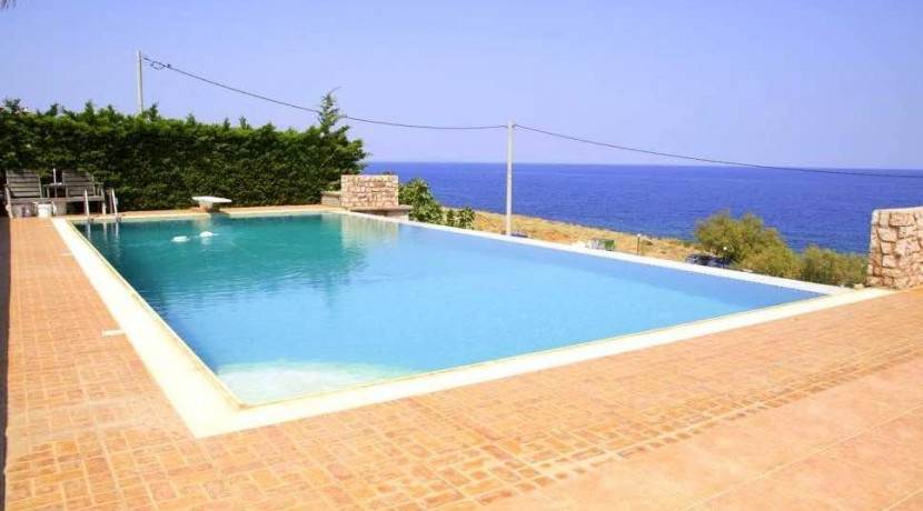 Villa For Sale South Attica 9