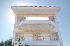 Luxury houses close to Sounio 04