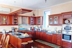 Seafront Villa in Attica for Sale 19