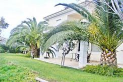 Villa Close to Lagonisi 10