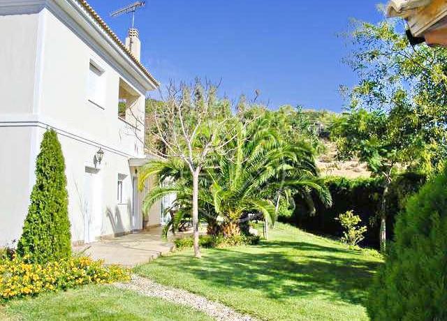 Villa Close to Lagonisi 7