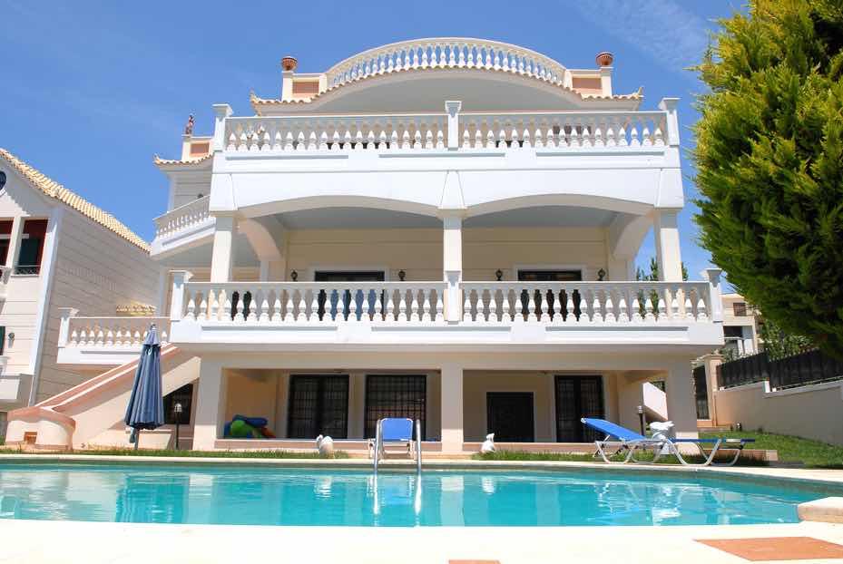 Magnificent Villa in Porto Rafti Attica