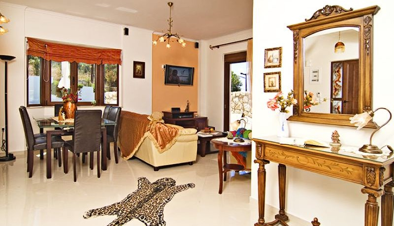 Luxury Villas for Sale in Crete 0