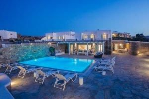 Villa in Mykonos Super Paradise Beach, Mykonos Property