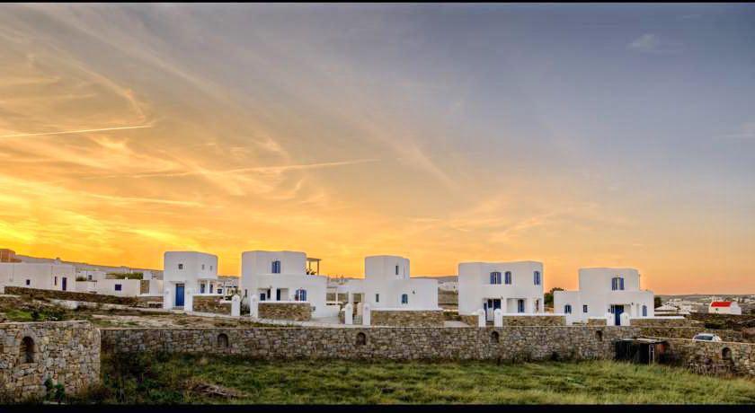 Investment in Mykonos: 4 Villas Complex