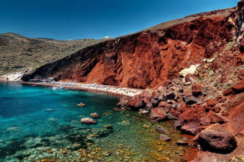 Red Beach Santorini -The No1 Beach in the World 1