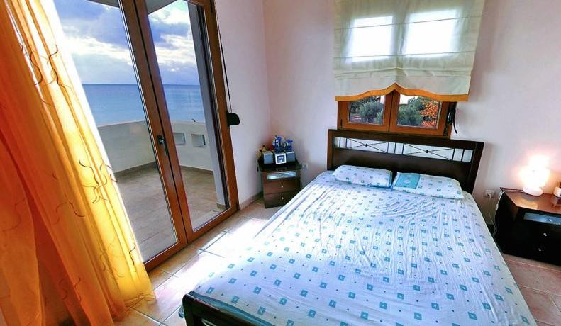 Seafront Villa Halkidiki 3