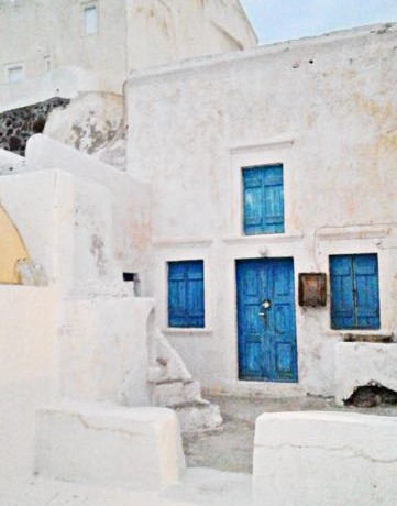 Property in Caldera Santorini for Sale 1