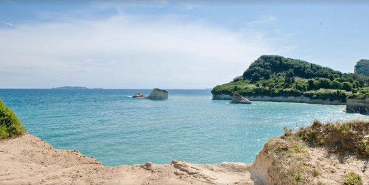 Seafront Hotel in Corfu For Sale – 3350 sq.m – 60 Apartments