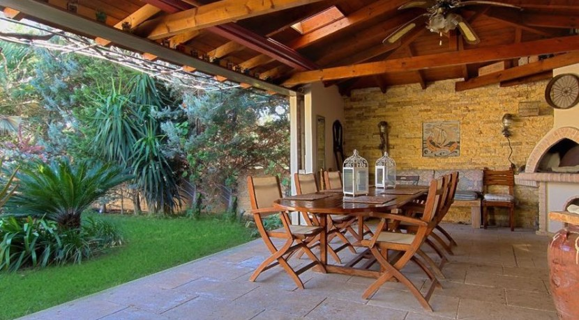 Villa at Agia MArina Attica 14