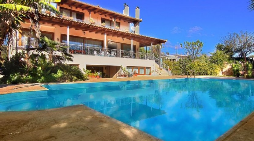 Villa at Agia MArina Attica 18
