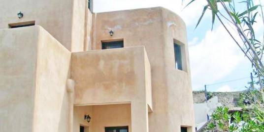 Finikia Ia Santorini, Beautiful House for Sale – Great Investment