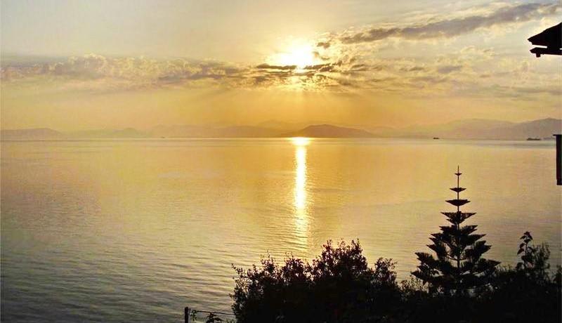 seafront villa corfu greece 17
