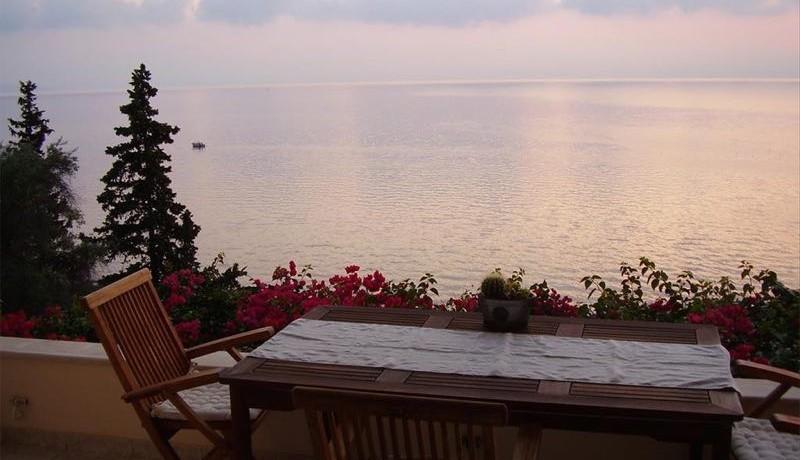 seafront villa corfu greece 18