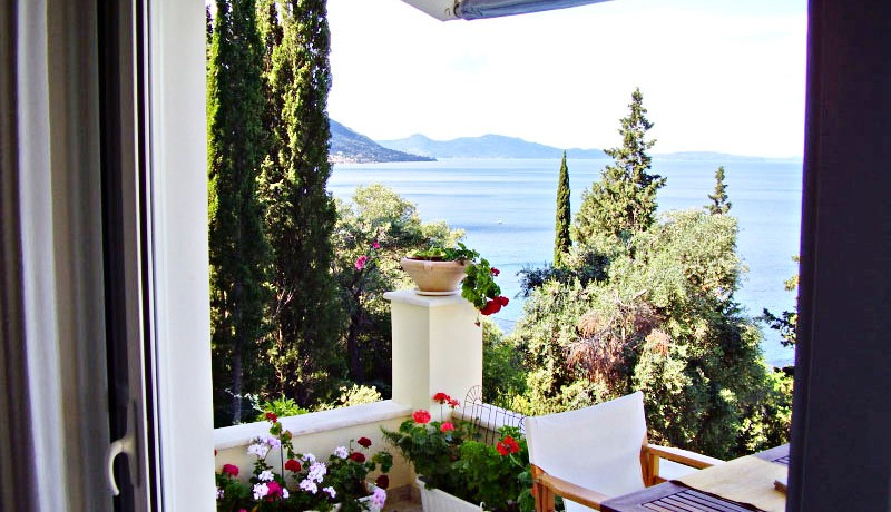 seafront villa corfu greece 26