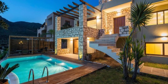 Villa for Sale at West Crete with sea Views