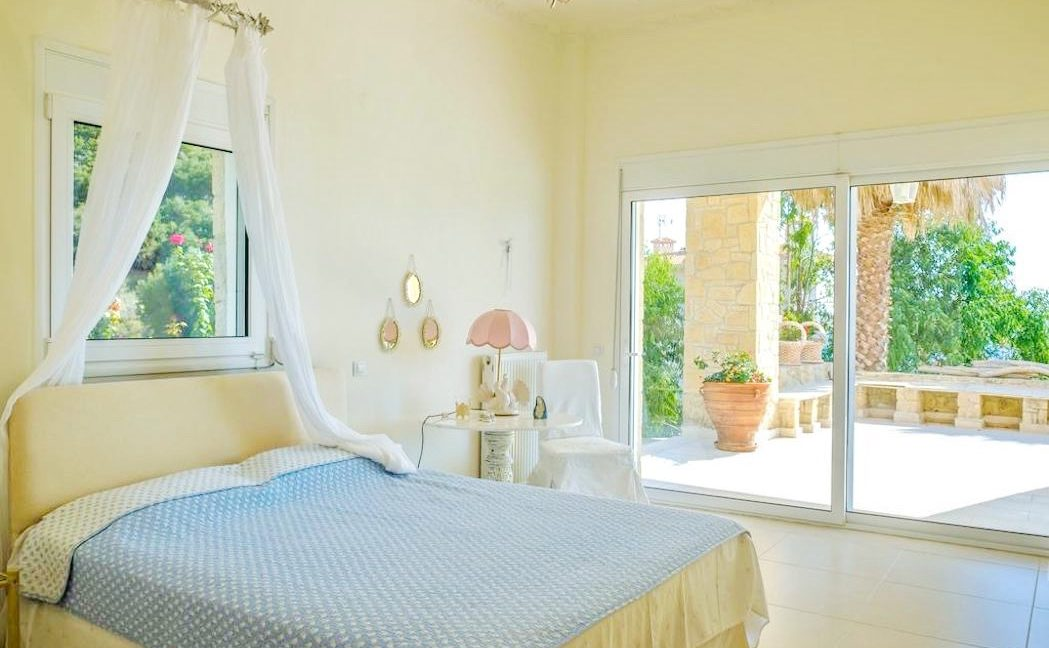 Beautiful beachfront Villa at Halkidiki, Kassandra Halkidiki, Skioni, Halkidiki Properties, Seafront Villa Halkdidiki Greece 24