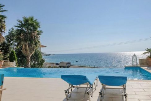 Beautiful beachfront Villa at Halkidiki, Kassandra Halkidiki, Skioni, Halkidiki Properties, Seafront Villa Halkdidiki Greece 30