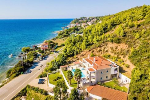 Beautiful beachfront Villa at Halkidiki, Kassandra Halkidiki, Skioni, Halkidiki Properties, Seafront Villa Halkdidiki Greece 4