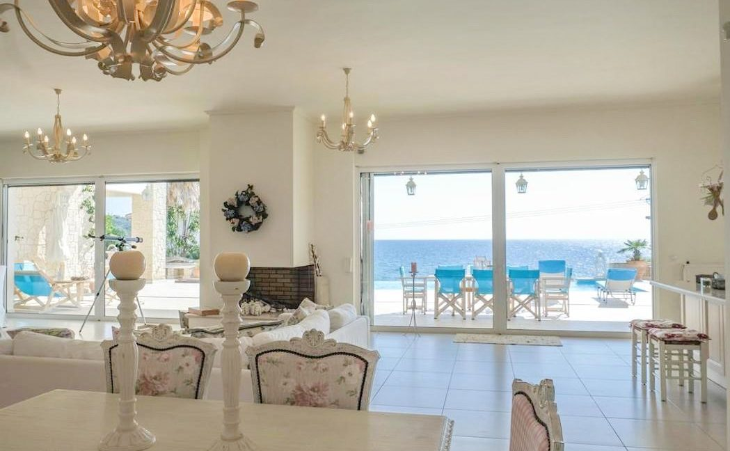 Beautiful beachfront Villa at Halkidiki, Kassandra Halkidiki, Skioni, Halkidiki Properties, Seafront Villa Halkdidiki Greece 8