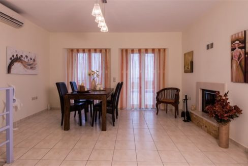 House with Pool for Sale at Chania 23