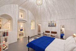 cave-villa-for-sale-santorini-2
